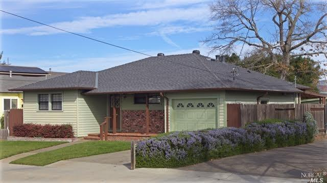 Located in Charming Midtown Petaluma.  This adorable 2 bedroom 1 bath home is on a large lot, has a detached studio with bath, and a shop.  Views of Sonoma Mountain from main living areas and back yard.  Hardwood floors under carpet.  Has not been on the market in 66 years.