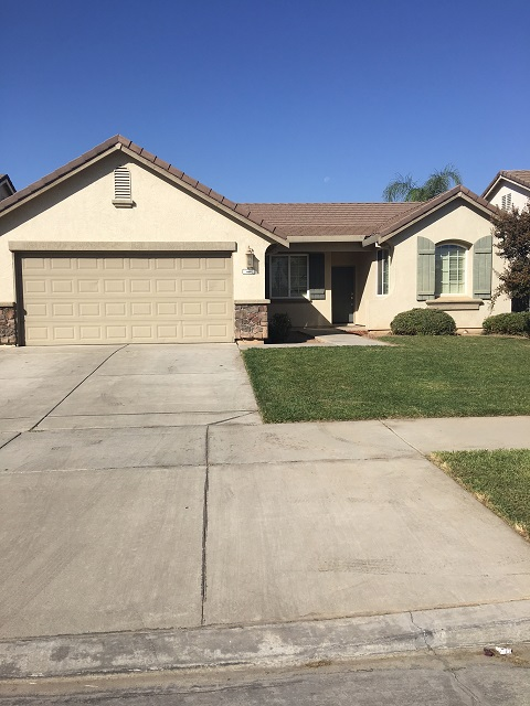 Coming Soon!! Nice 3 bedroom, 2 bathroom home in great area. Near dog park, bike paths and schools!