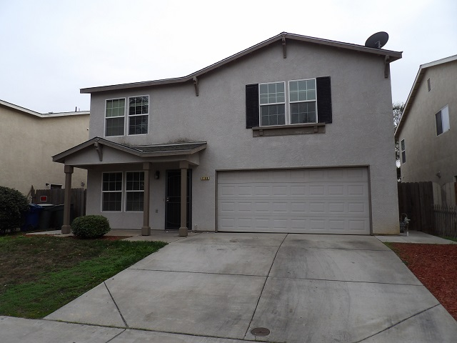 5 bedrooms, 4 bath Home in established neighborhood near schools and bike path. Close to UC Merced and shopping. Great for students 1 year Lease required. Tenant responsible for W/S/G and all other utilities. No Section 8 No pets