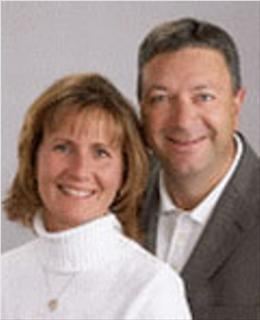 Lori and Mark Gustafson