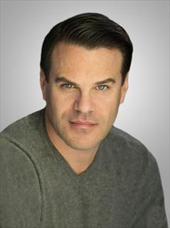 Kenneth Averett-Clark