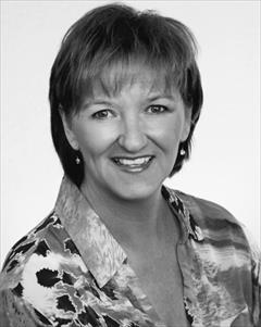 Paula MacRae