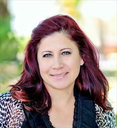 Mandy Corriea