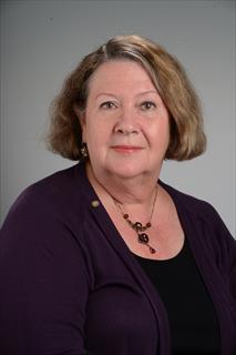 Lynne Nayman