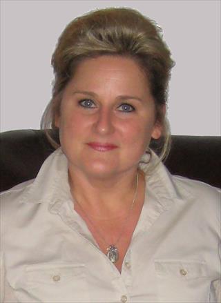 Deana  Leyva