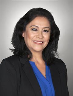 Lucia Dominguez