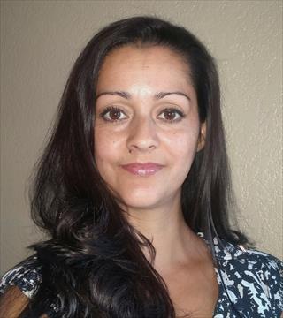 Angela Torres