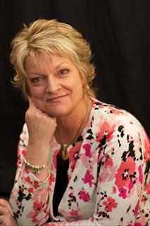 Claudia Januchowski